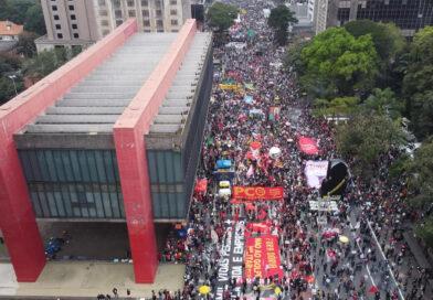 Conexión Brasil   Brasil alcanza las 500 mil muertes por Covid en una jornada de protesta en 200 ciudades